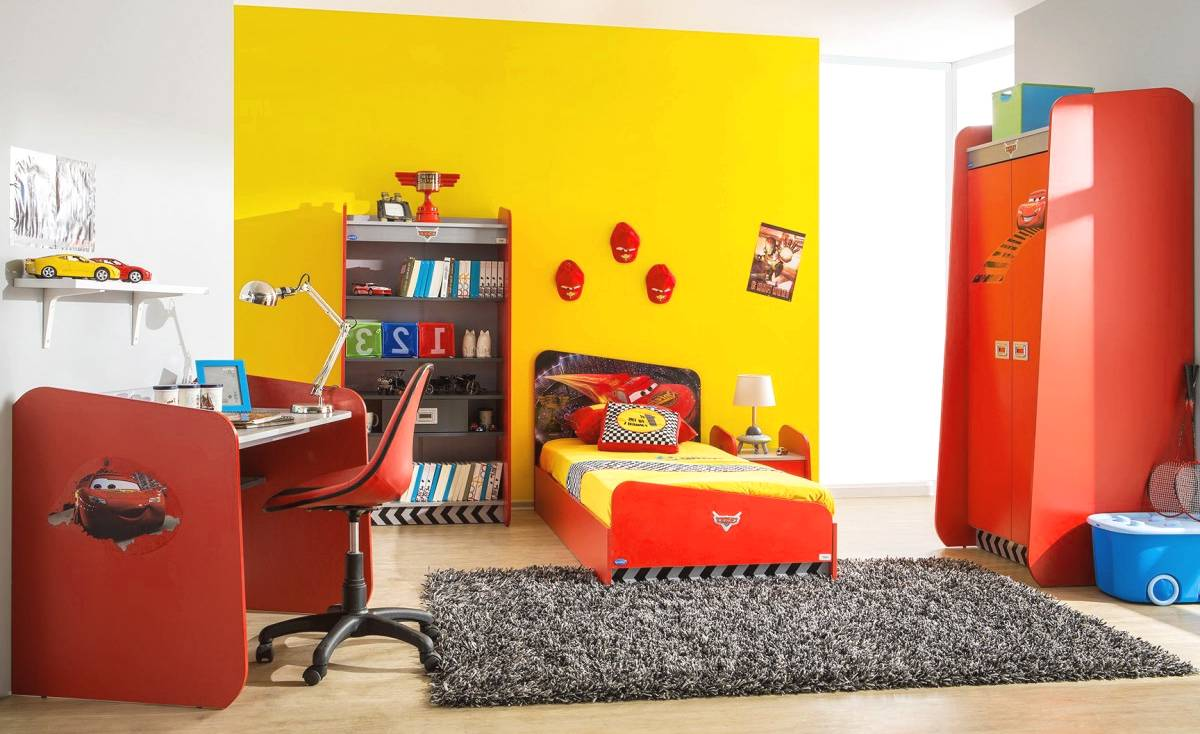 Decoration chambre garcon cars perfect dcoration chambre for Chambre cars